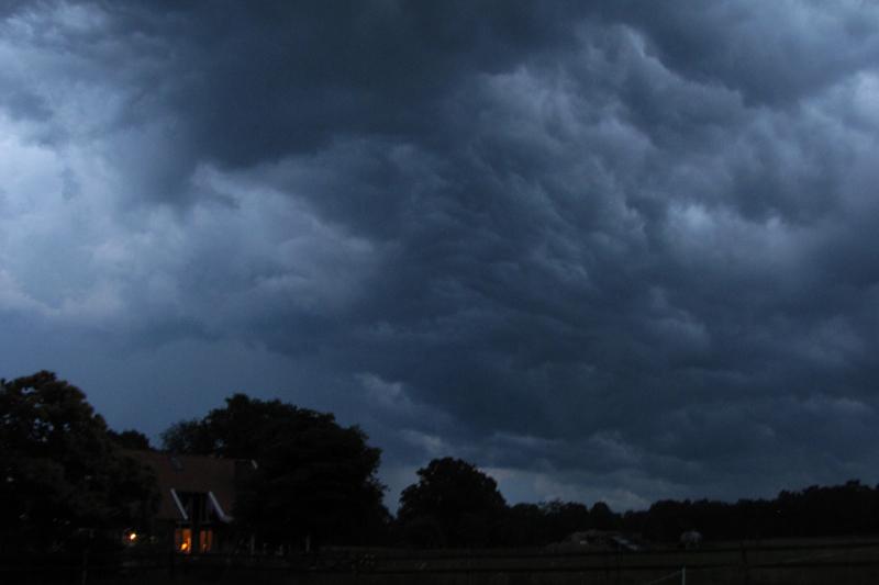 onweer in de lucht